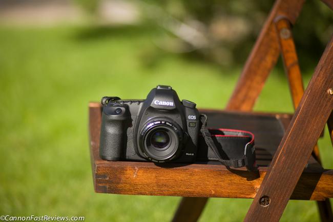 f/2.8 Close Focus