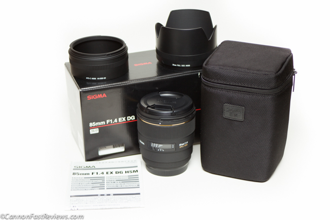 Sigma 85mm 1.4 Box-1