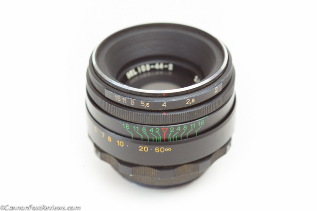 http://cannonfastreviews.com/wp-content/uploads/2013/10/Helios-44-2-58mm-f-2-7355988-Review-Lens-Whacking-Free-Lensing-1.jpg
