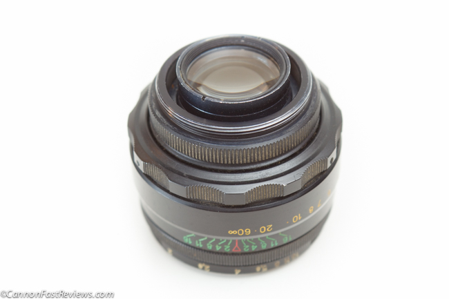 http://cannonfastreviews.com/wp-content/uploads/2013/10/Helios-44-2-58mm-f-2-7355988-Review-Lens-Whacking-M42-Mount-1.jpg